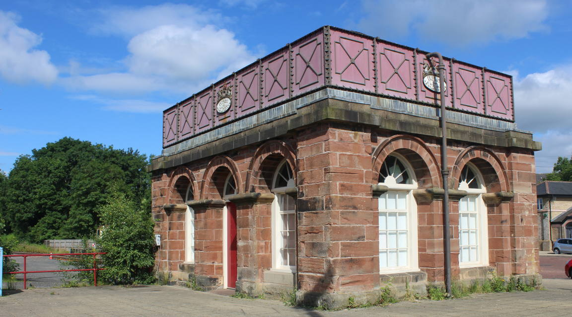 The Water Tower at the railway station, a Partnership property available to rent
